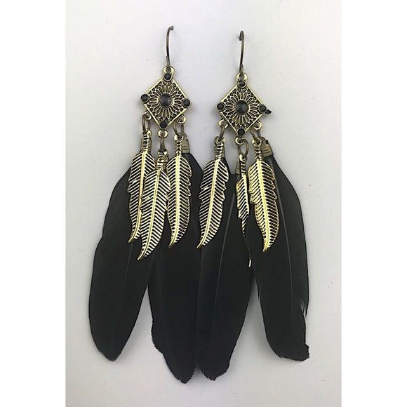 Jewelry - ❌SOLD❌ Black and Gold Feather Earrings